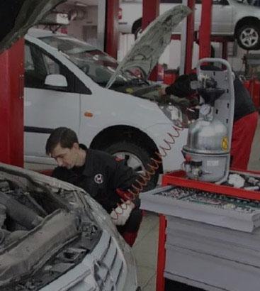 Квалифицированные техники и механики